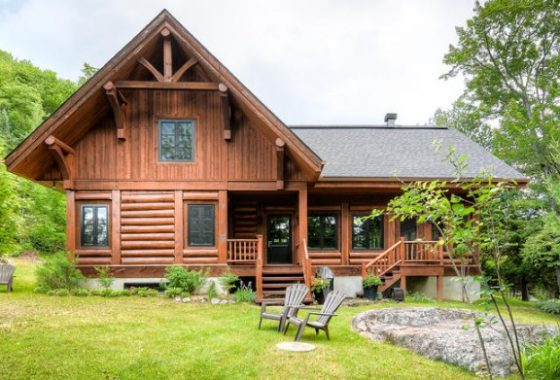 Log homes for sale in quebec canadian log home sales for Authentic log cabins for sale
